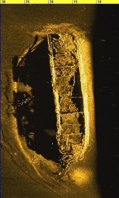 4200 shipwreck scan image